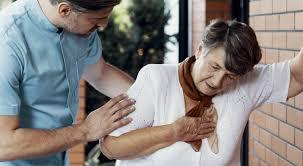 پنومونی و درد شدید قفسه سینه