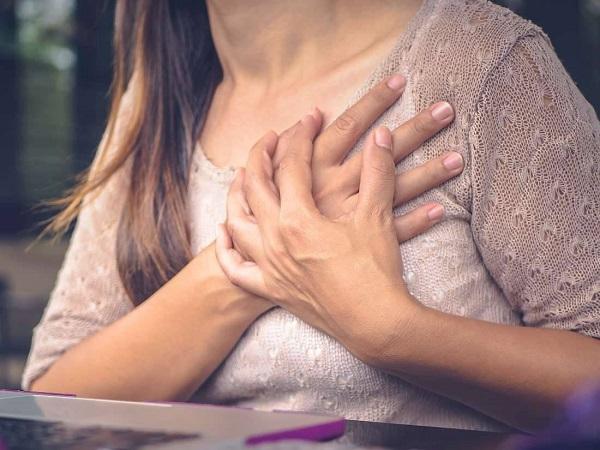 درد قفسه سینه هنگام خوابیدن